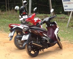 Honda Click & Yamaha Nouvo