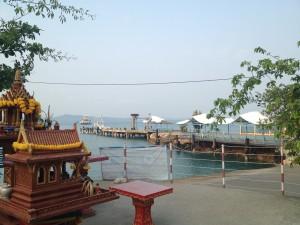 Nástup na trajekt z Koh Changu